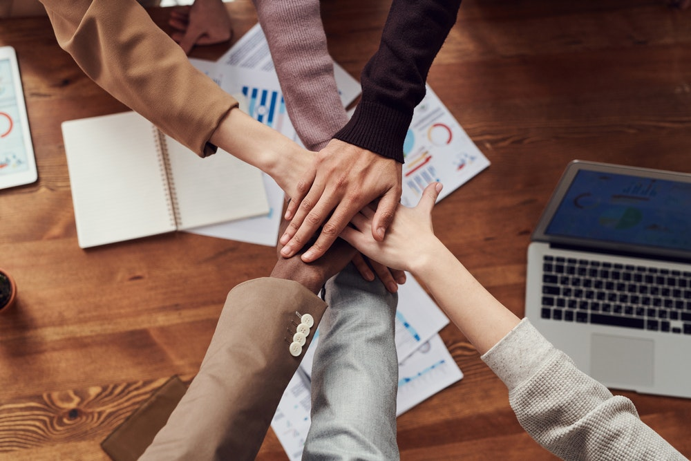 8 Internal Communication Strategies for Distributed Teams