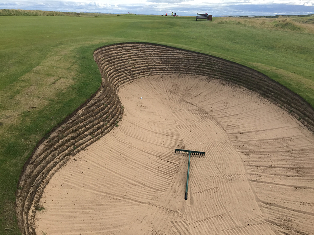 Golf Sand Bunker (Sand Trap)