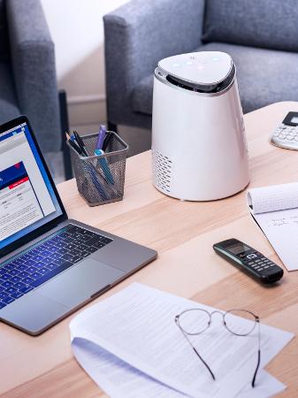 Air purifier AIR ET SANTE A&S 50 Compact on desk