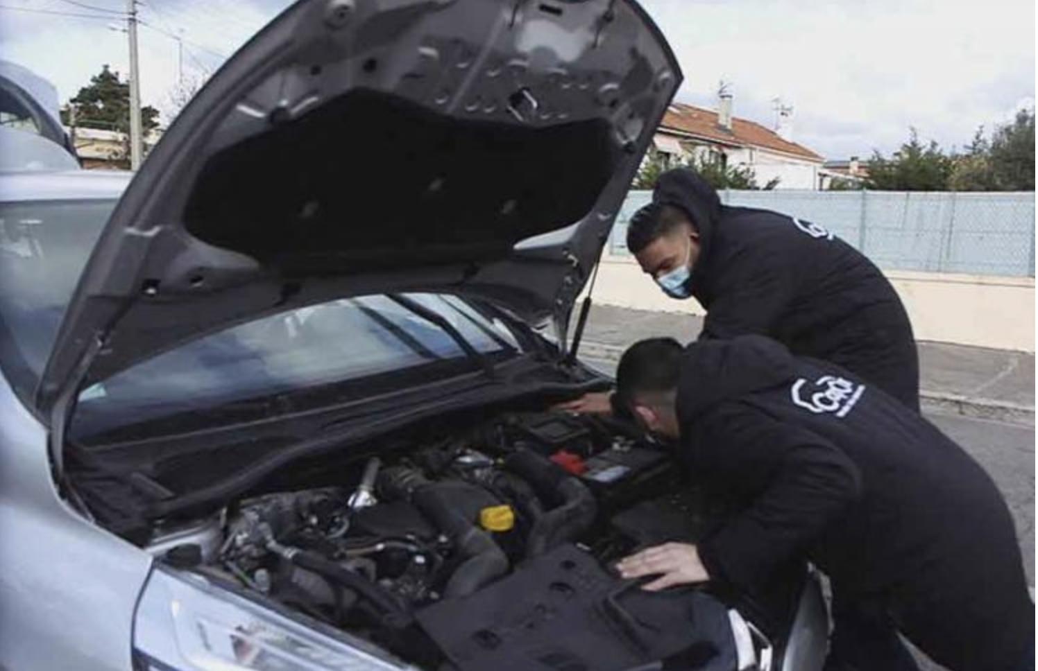 CapCar, la startup qui sécurise l'achat et la vente de véhicules dans Reportages Découverte sur TF1 le 2 mai 2021 - Voitures neuves ou d'occasion : attention aux arnaques