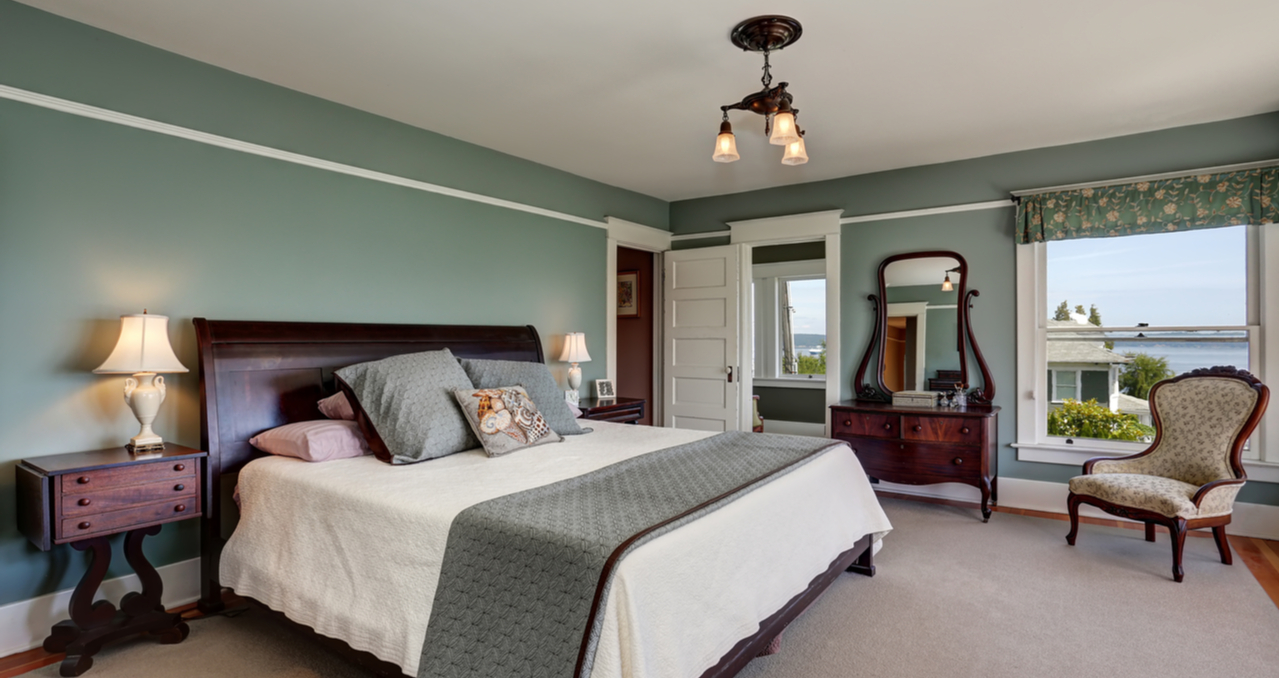 real estate photography with bedroom and king bed